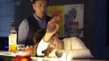 《搭讪大师》第9集预告 施诗醉酒<B>王仁君</B>搭讪双生花