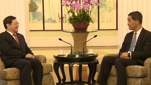 杜家毫会见香港特区行政长官梁振英