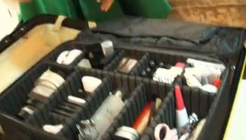 市井发现《里面有什么》:化妆箱内有什么
