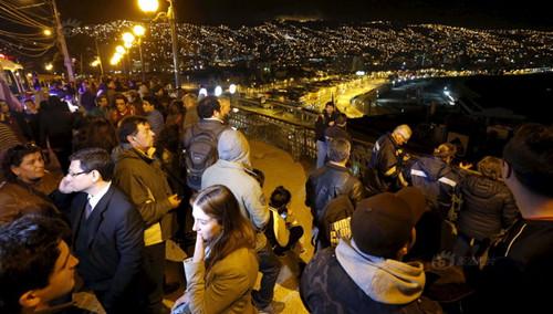 智利中部海岸发生强震