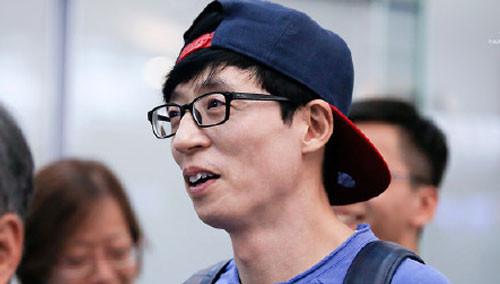 韩网疯传刘在石《无挑》合约书 官方证实为伪造